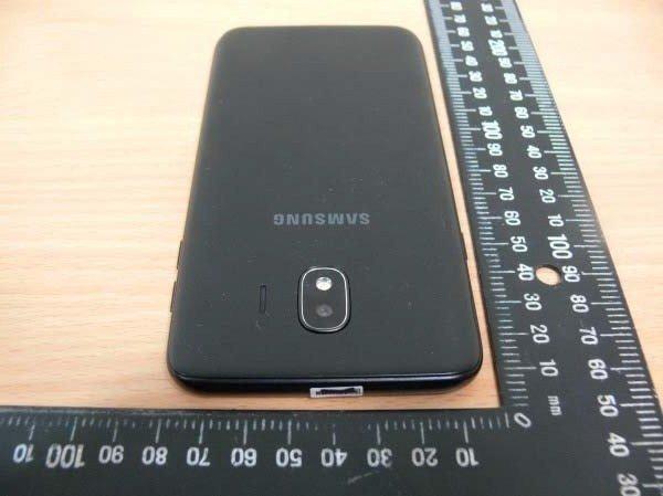 Samsung-Galaxy-J4-2018-5