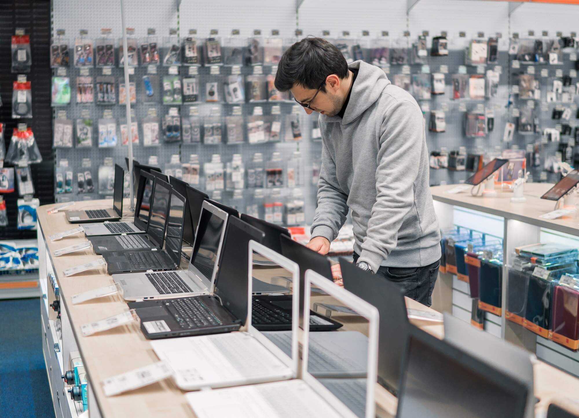 مبيعات الحواسيب خلال سنة 2018